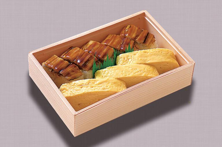 穴子寿司だし巻弁当